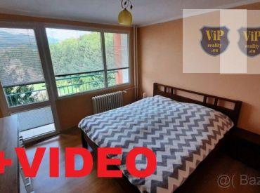 VIDEO.Byt 3+1 75 m2,dve loggie, kompletná rekonštrukcia,blízko centra mesta-Banská Bystrica