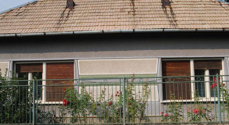 Farná rodinný dom na predaj
