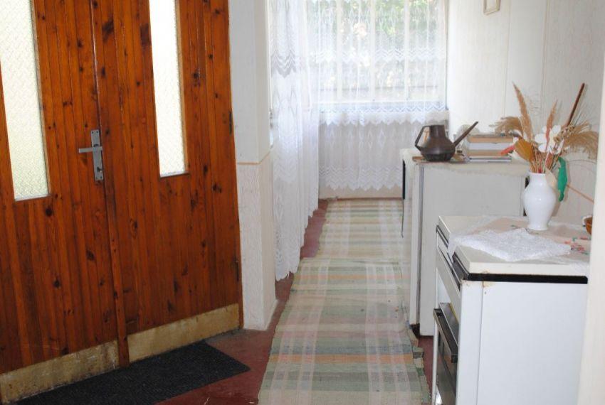 Predaj Rodinné domy Farná-3