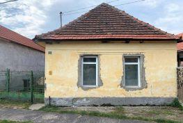 MAĎARSKO - GONC 2 IZBOVÝ RD S HOSPODÁRSKOU BUDOVOU, POZEMOK 608 M2