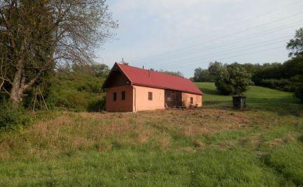 Rodinný dom na polosamote ID 2054