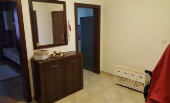 PRENÁJOM 3 izbový exkluzívny  slnečný byt, 67 m2, zariadený, Sever, Prievidza