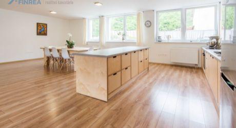 PRENÁJOM 5-izbový luxusný veľkometrážny byt