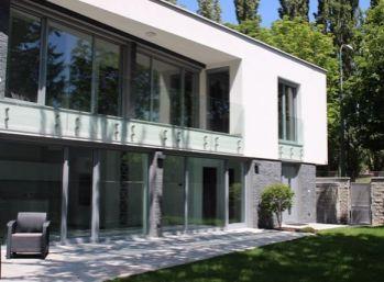 BA I. Staré mesto- luxusný rodinný dom v Horskom parku