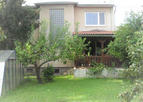 Dom 7-izbový pozemok 1358 m2 predaj Zvolen-Kováčová