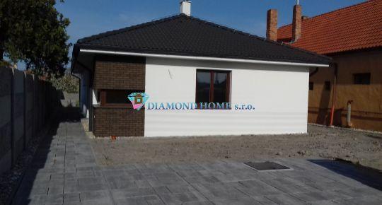 Ponúkame na predaj 5 izbový rodinný dom v obci Lúč na ostrove