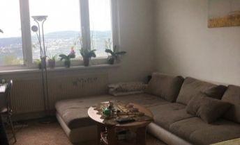 Ponúkame Vám na predaj veľký 2 izbový byt Košice-Ťahanovce
