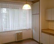 Predaj, 2 izbový tehlový  byt s balkónom  a výťahom v centre, Zvolen