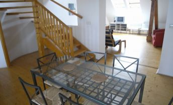 4-izb. mezonetový byt s veľkou terasou v centre – Kozia ul.A