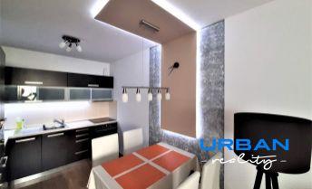 Predaj, 2-izbový klimatizovaný byt v Stupave, parkovacie státie a zariadenie v cene