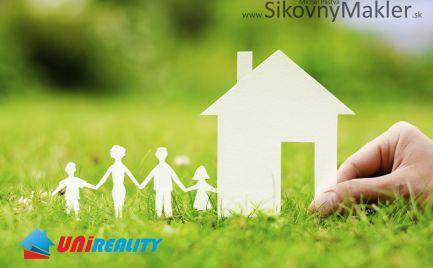 PRAVOTICE - Pozemok / pre stavbu rodinného domu / 765 m2