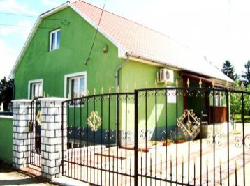 EXKLUZÍVNE - Predáme tehlový, rodinný dom - Maďarsko - Méra-výstavba rýchlostnej cesty