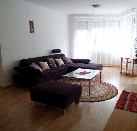 StarBrokers – Prenájom – 3- izbový byt v Slávičom údolí s parkovaním