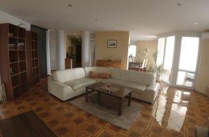 Exkluzívne ponuka predaja veľko metrážneho 4 izbového bytu na ulici Matejková,  Karlova Ves- Bratislava IV