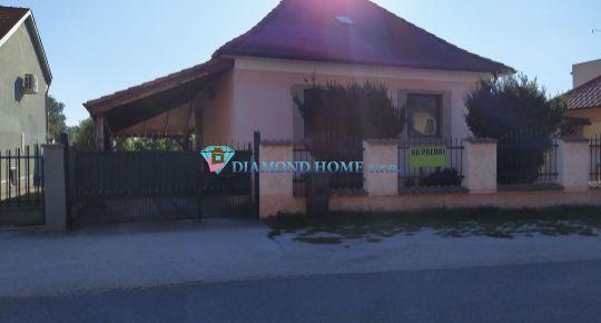 DIAMOND HOME s.r.o. Vám ponúka na predaj čiastočne prerobený 3 izbový rodinný dom v obci Veľké Blahovo!