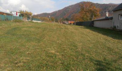 RATKOVO pozemok vhodný na rodinný dom 1400m2, okr. Martin