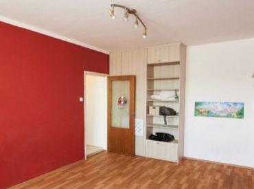 Predaj 1-izbový byt v Dúbravke, na ulici Kpt. Jána Rašu 21, Bratislava.