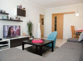 REZERVOVANÝ !!! Príjemný 2 izb. byt s balkónom po rekonštrukcii