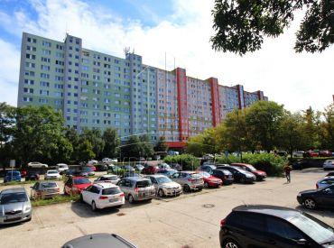PREDAJ - veľký 3 izbový byt na ulici Strečnianska s 2 loggiami
