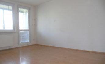 Priestranný 1 izbový byt s loggiou v Rači, Novohorská ul.