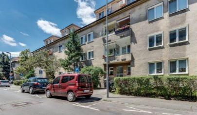 Hľadám 2 izb. byt v Ba II - ul. Súťažná + okolité ulice