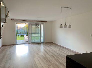 Veľmi pekný 4-izbový mezonetový byt so záhradou v rodinnom trojdome