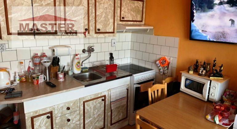 Na predaj 1i byt v Bánovciach nad Bebravou-širšie Centrum