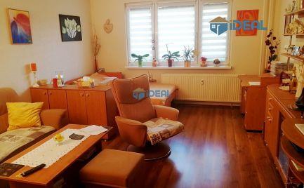 REZERVOVANÉ - Rekonštruovaný slnečný 3 – i. byt s lodžiou, Sibírska, Sekčov