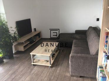 Prenájom 3 - izbový byt v rodinnom dome na Popolnej ulici, Bratislava - Rača.