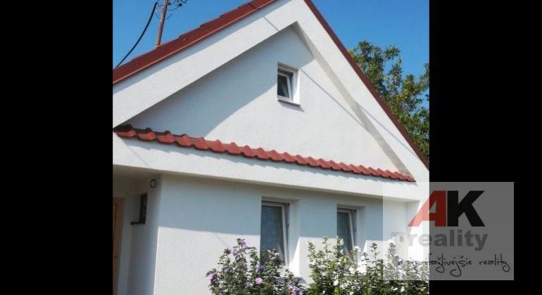 Predaj dom Čataj, Hlavná ulica