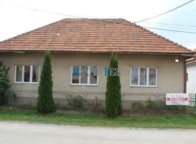 MAXFIN REAL EXKLUZÍVNE na predaj 4 izb.rodinný dom s ďalším stavebným pozemkom Kovarce