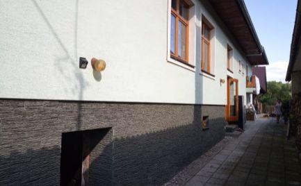 Jedinečný domček s terasou na predaj
