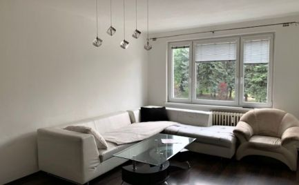 Priestranný čiastočne prerobený 3-izbový byt, 80m2 - Brezno