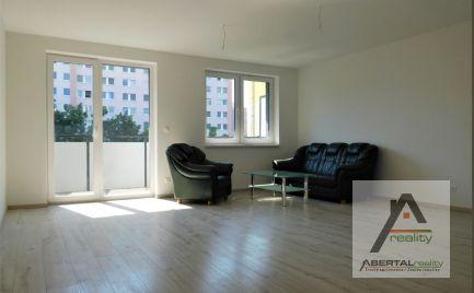Predaj 3 izbového bytu s loggiou a parkovaním v novostavbe