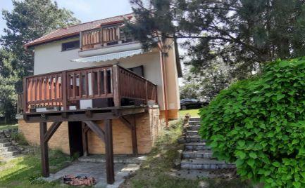 Predaj – 3 izbová rekreačná chata s výhladom na jazero, Malé Leváre – EXPISreal