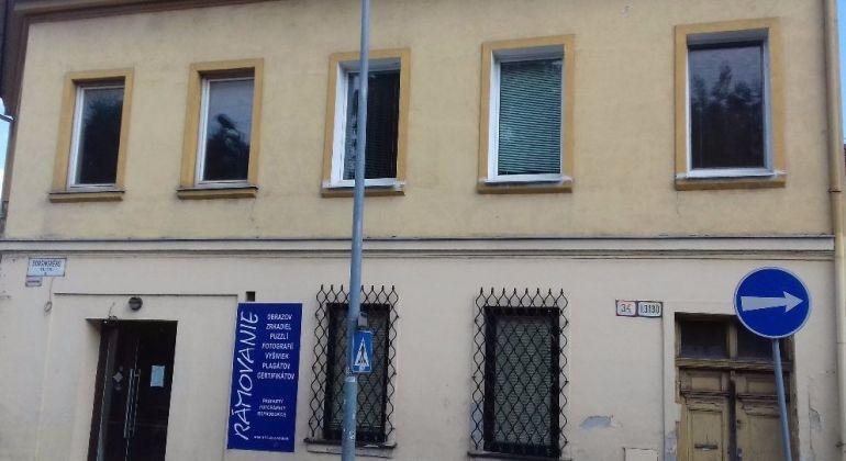 Prenájom 2 izbový byt Bratislava-Staré Mesto, Dobšinského ulica