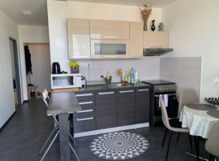 2 izbový byt  s dvomi balkonmi Topoľčany