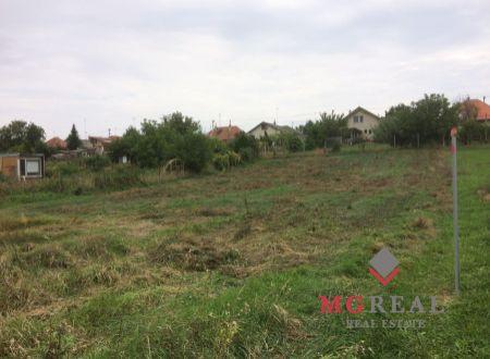 Predaj pozemku v obci Veľké Zálužie