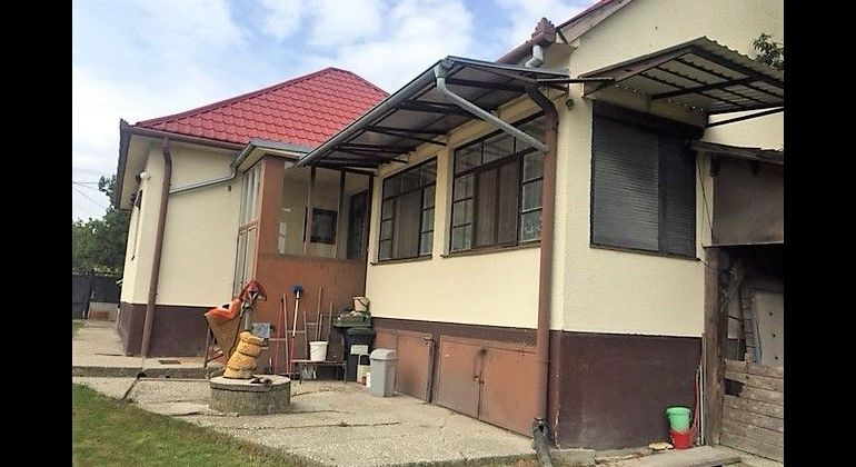 VIDIECKY RODINNÝ DOM, V OBCI JELKA, POZEMOK 1921 M2