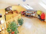 Exkluzívna 6 izbová rodinná vila s bazénom a11 árovým pozemkom Rovinka