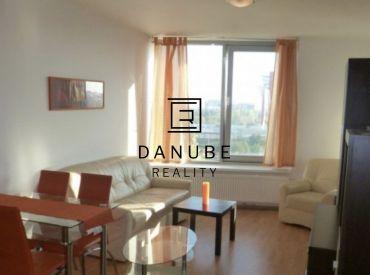 Prenájom 2 - izbového bytu v projekte III. Veže, Bratislava - Nové mesto.