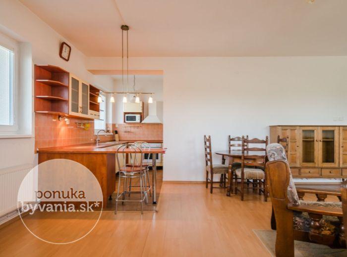 PREDANÉ - ALŽBETIN DVOR, 4-i byt, 113 m2 - PARKOVANIE V CENE, nízkoenergetický, VLAK a autobus na skok