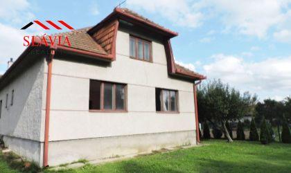 Rodinný dom v pôvodnom stave na predaj Malé Hoste