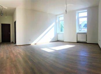 ***TOP LOKALITA: Nový 3 izb. byt priamov CENTRE mesta Malacky!!!