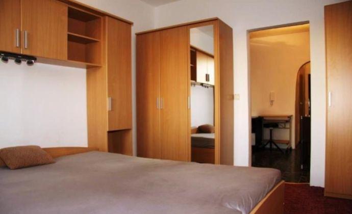 Svetlý 3izb. byt s krásnym výhľadom, BA V - Petržalka na Budatínskej ulici