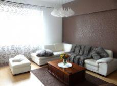 SENEC – NA PRENÁJOM – exkluzívny 3 - izbový byt v rodinnom dome, terasou a garážou v  centre  SENCA