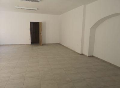 Areté real, Prenájom 87,2 m2 obchodného priestoru s parkovacím miestom v priamom centre mesta Pezinok