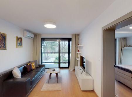 Pekný 2 izb. apartmán /bazén, jazero Sĺňava/ Lodenica Piešťany