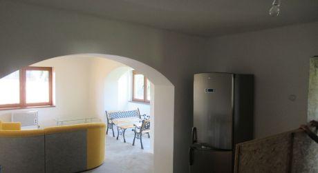 Predaj-pekná chalupa,RD  2+1 izb v obci DEDINKA v blízkosti TK-Podhájska.SUPER PONUKA!