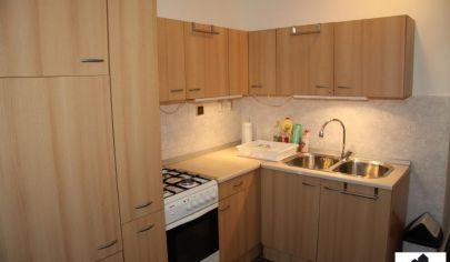 Príjemný 3 izbový byt na Budatínskej ulici.